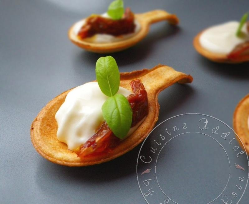 Petites Cuillères à Croquer à la mousse de Parmesan, Basilic et ...