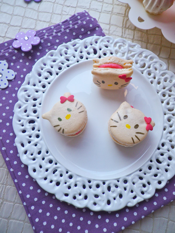 Macarons-Hello-Kitty-013