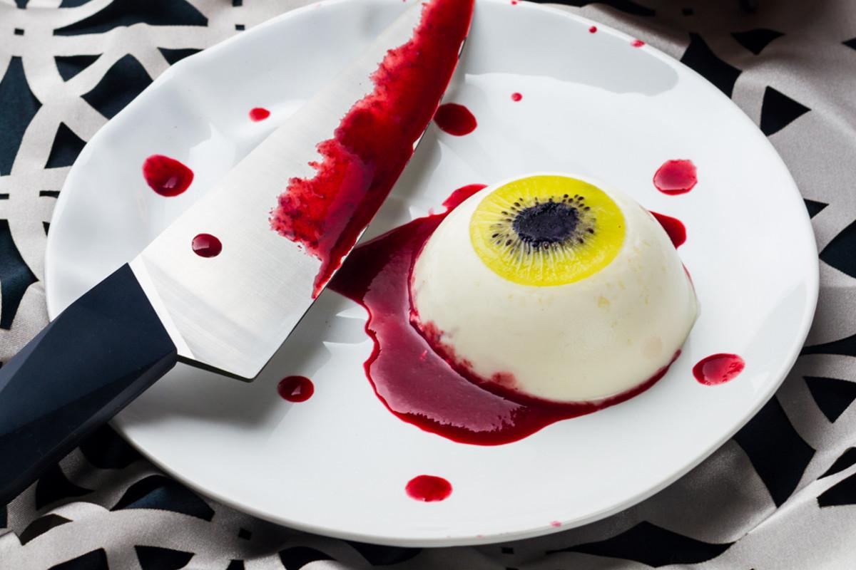 Oeil ensanglant pour halloween panna cotta noix de coco chocolat blanc cuisine addict - Recette dessert halloween ...
