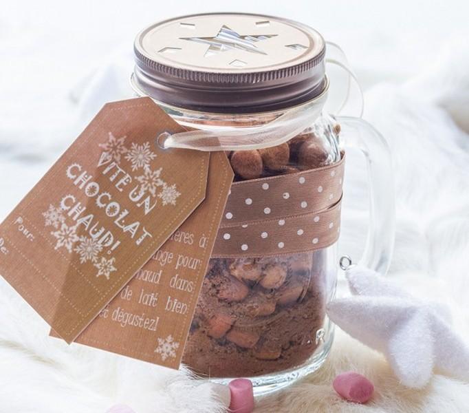 mix pour chocolat chaud recette pour cadeaux gourmands. Black Bedroom Furniture Sets. Home Design Ideas