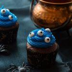 Cupcakes au Chocolat et aux Yeux