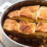 Irish Beef Stew with Cheese Biscuits {Ragout de boeuf & Petits pains au Parmesan}