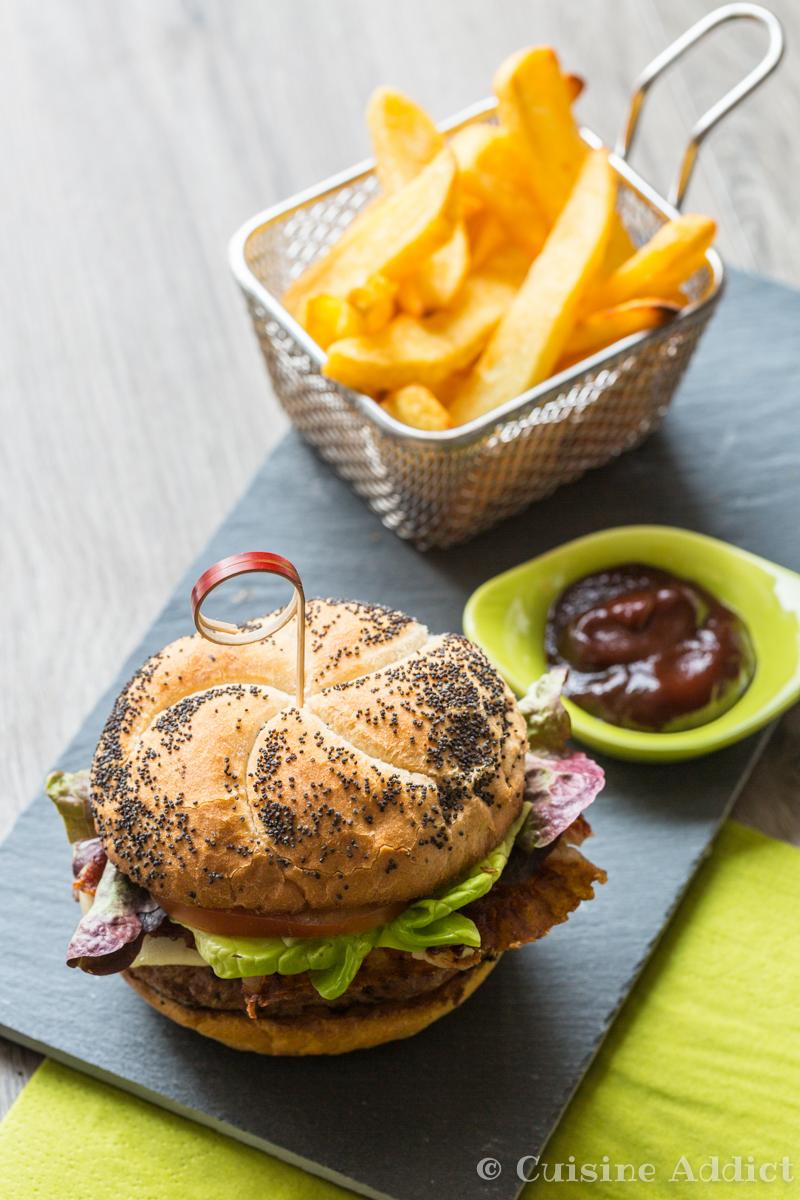 Burger au veau et ketchup maison-4398