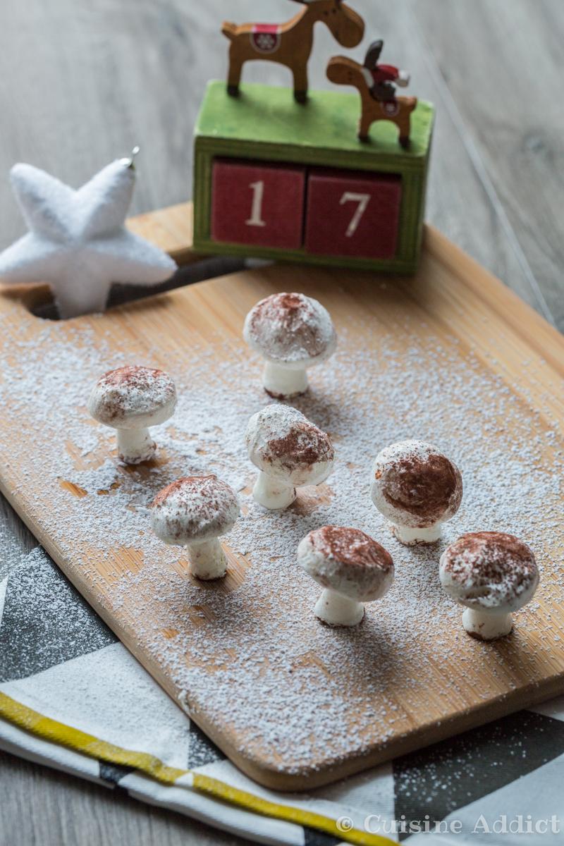 Petits champignons en meringue suisse d cors de b che de - Chef de cuisine en suisse ...