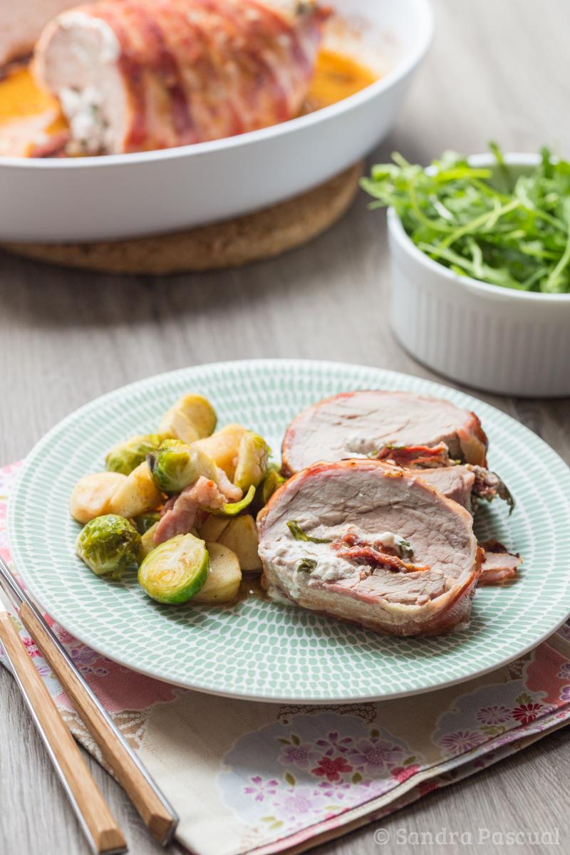 Filet mignon de veau farci au fromage frais herbes tomates s ch es cuisine addict - Cuisiner un roti de veau ...