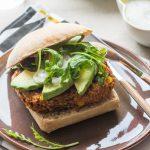 Veggie Burger au Quinoa, Haricots rouges & Maïs