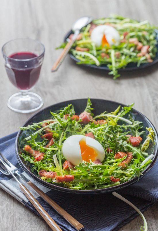 Salade de pissenlit aux lardons
