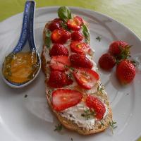 Bruschetta chevre fraise - Marie Pierre
