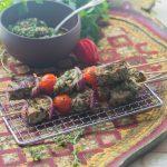 Brochettes d'agneau marinées, Sauce Chimichurri