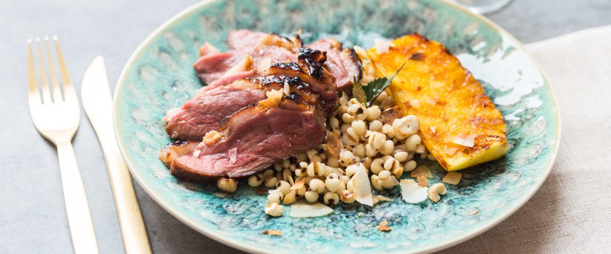 Magret de canard laqué & ananas rôti aux épices