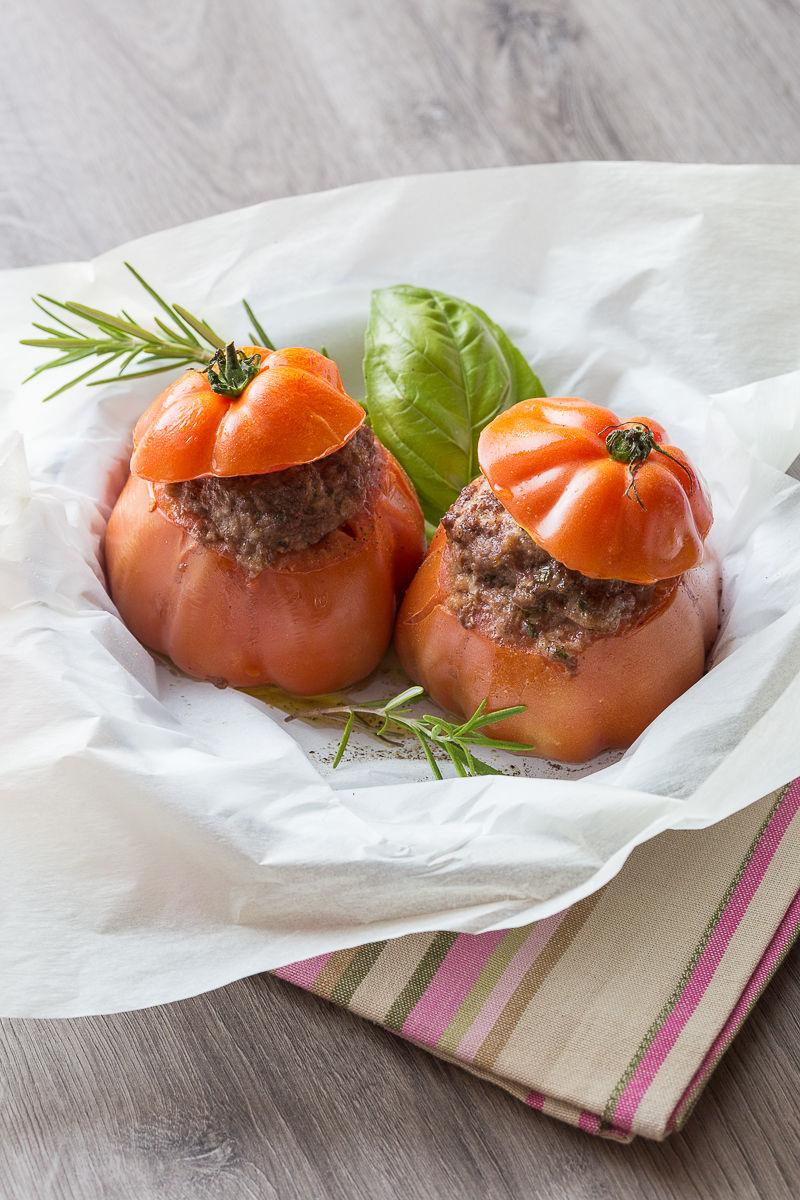 750-g-les-recettes-cultes-tomate-farcie