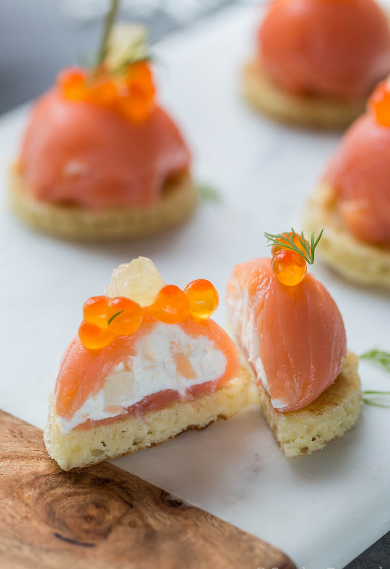 Dômes de saumon fumé au fromage frais et fenouil - Recette ...