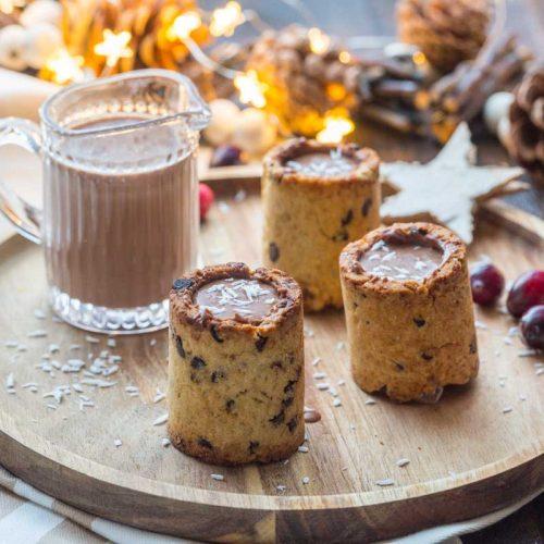 Cookie glass et smoothie au chocolat, banane et noix de coco