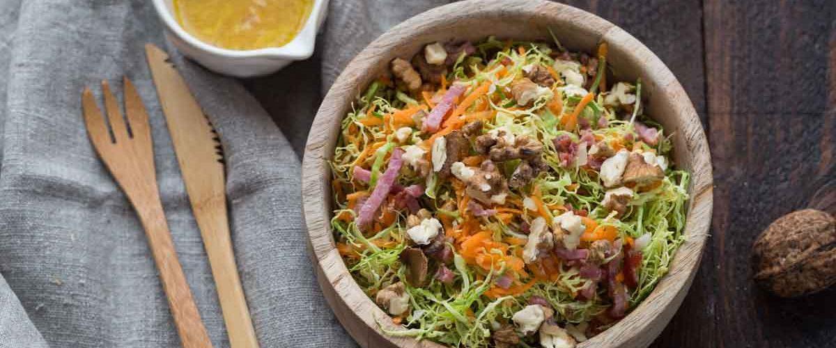Salade de choux de Bruxelles et carottes