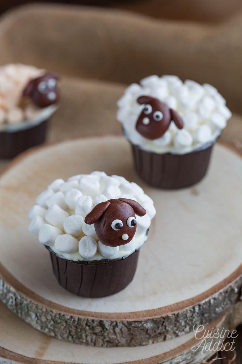 Cupcake décor mouton