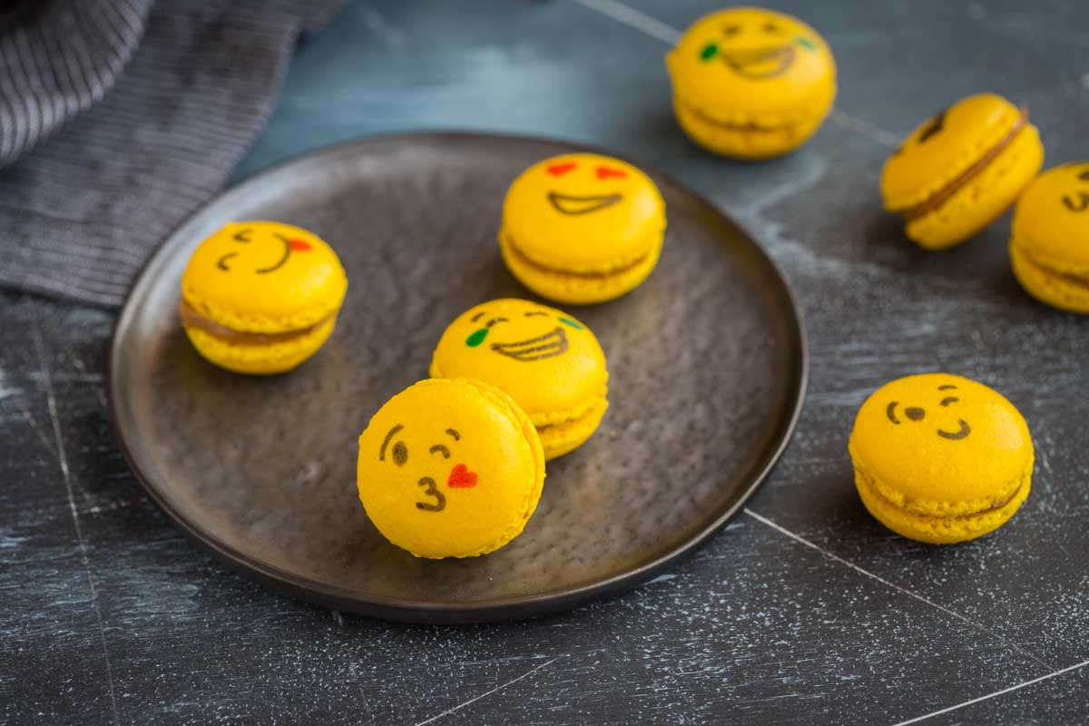 Macarons Emoji à la Pâte de spéculos maison