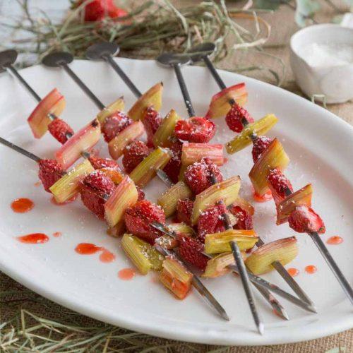 Recette de brochettes de rhubarbe