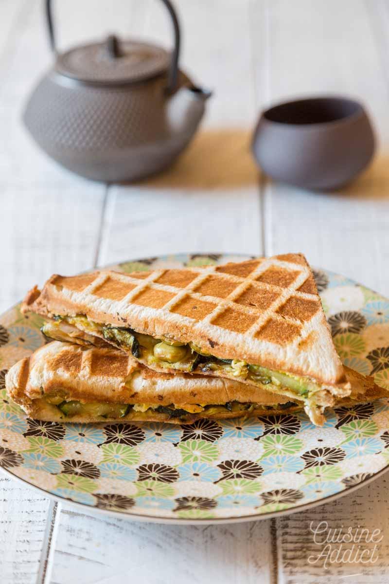 Croque monsieur aux courgettes et omelette