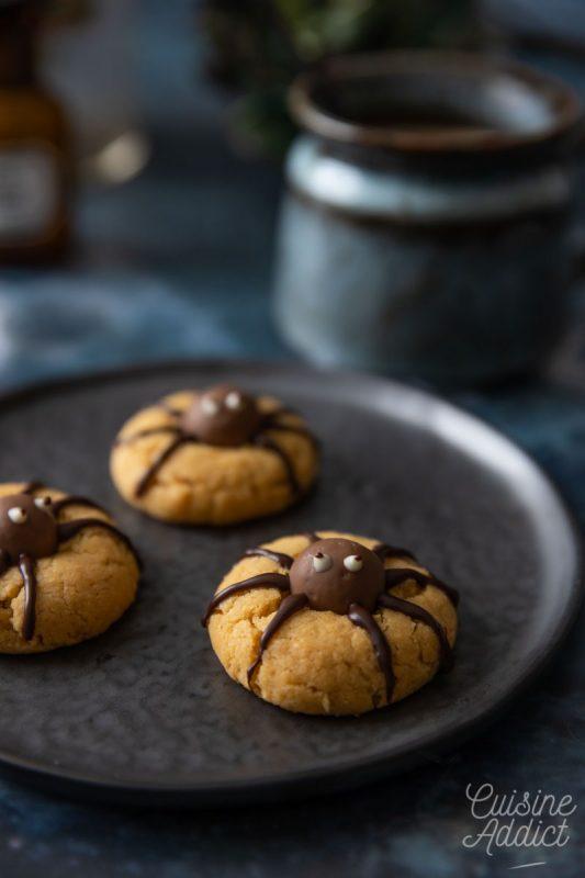 Cookies araignées au beurre de cacahuètes