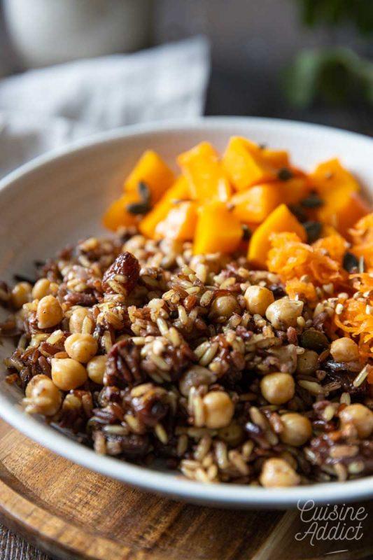 Riz aux épices, pois chiche et raisins secs