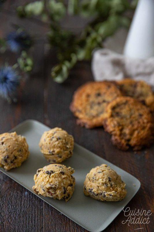 Boules de pâte à cookies à conserver au congélateur