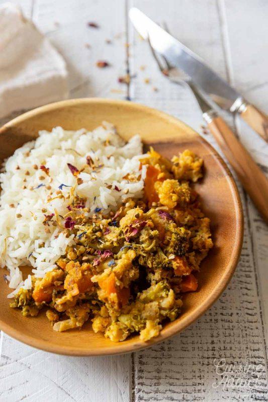 Curry de brocoli aux lentilles corail