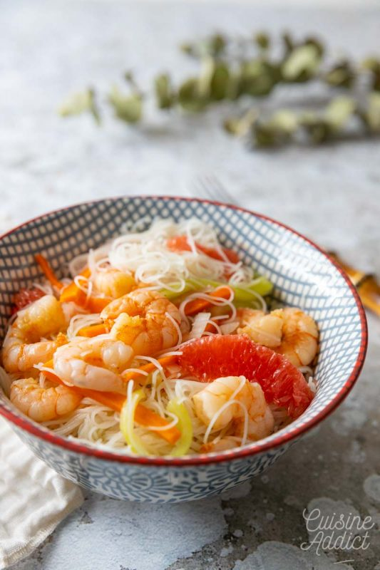 Salade thaï aux crevettes et pamplemousse