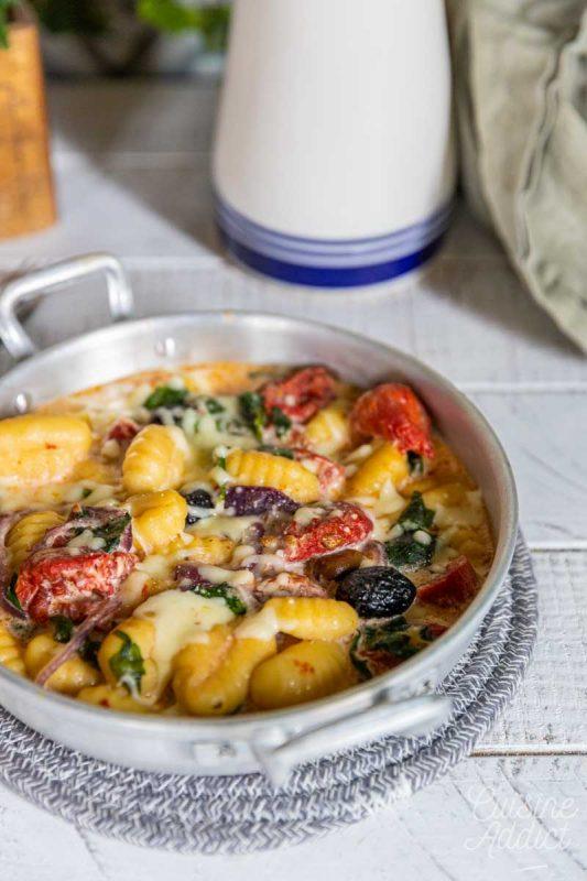 Gratin de gnocchis aux épinards et tomates séchées