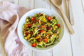 Recette de salade aux spaghetti de courgette